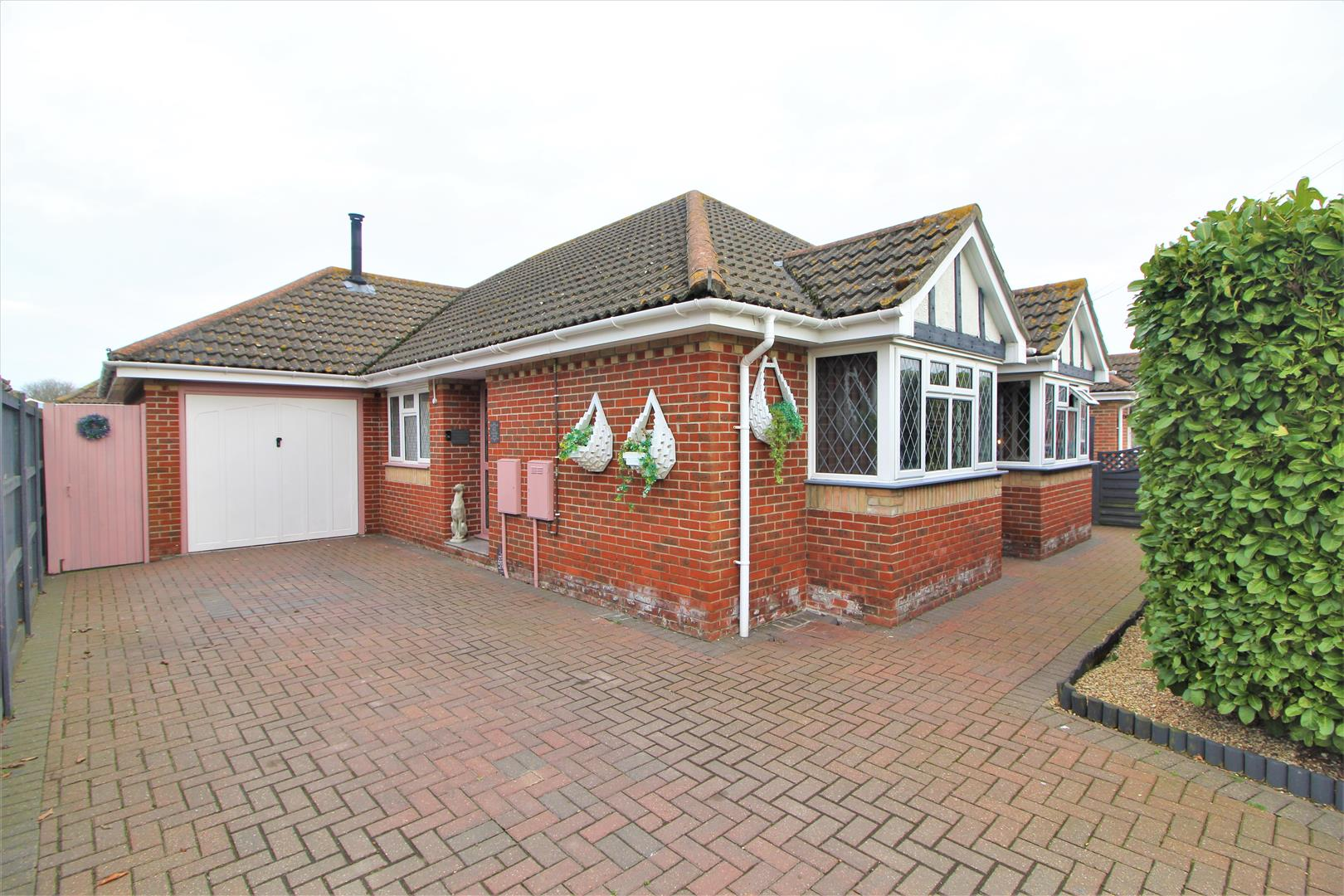 Feverills Road, Clacton-On-Sea, Essex, CO16 9NA
